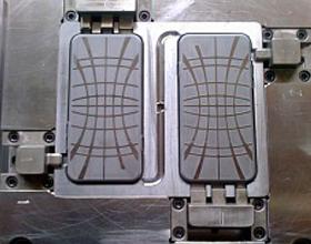 Пресс-форма для литья изделия «чехол IPhone 6»