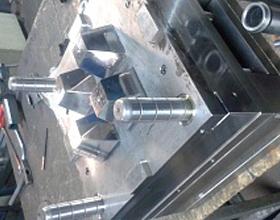 Пресс-форма для литья изделия Стакан