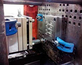 Пресс-форма для литья изделия демпфер