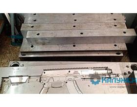 Изготовлена пресс-форма для литья изделия корпус автомата